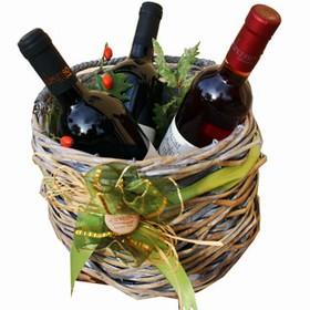 Korb mit Wein